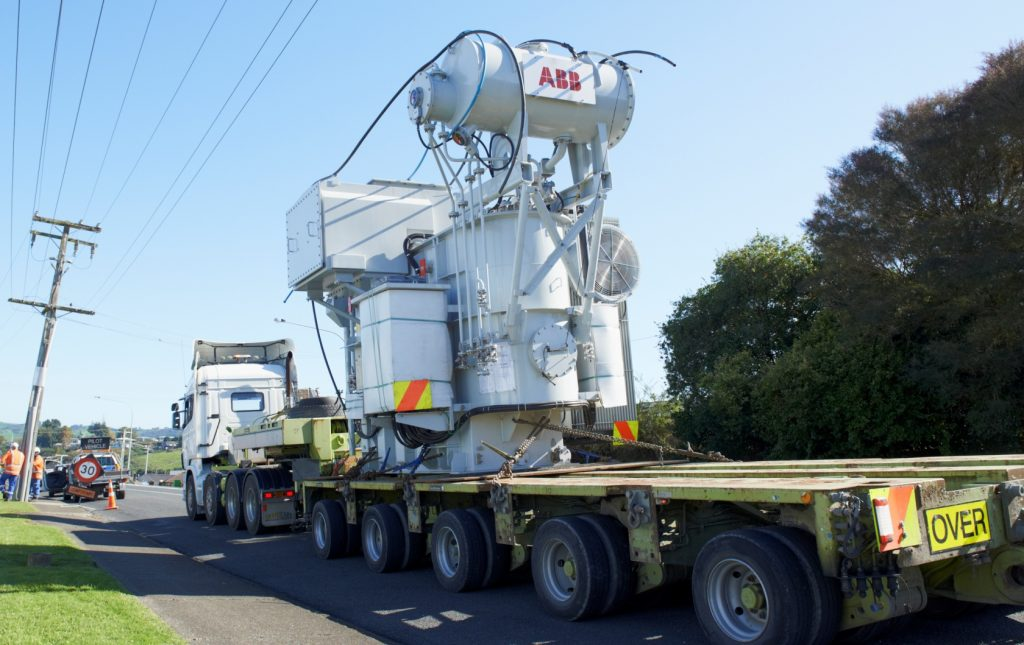 The first of TLC's Te Waireka 15MW transformers rolls into Ōtorohanga