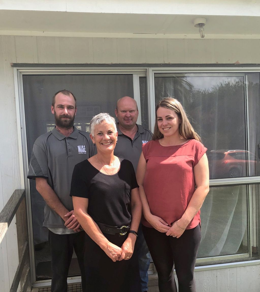 Maru Energy Trust administrator Jo Meads (front, left) with Te Kuiti homeowner Nicole Taitoko and WISE Charitable Trust staff Harley Meston (rear, left) and Jason Keene.